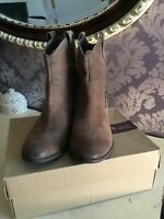 Womens Clarks Real Suede Western Style Boots NEW 5.5