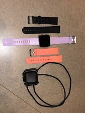 Fitbit Versa - Extra Bands And Charger
