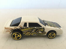 HOT WHEELS ÉCHELLE 1:43 MATTEL CHEVY STOECKER