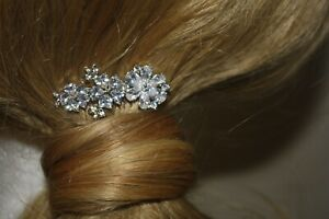 Bridal Hair Comb Rhodium Plated Copper CZ Arranged as a Spray of Flowers