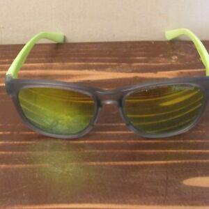 Tifosi Swank Sunglasses, Green/Gray Frame/ Smoke Yellow Lens
