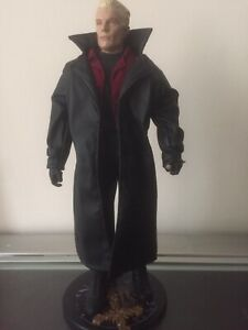 Buffy The Vampire Slayer, Spike Sideshow Collectible Loose.