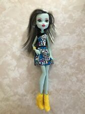 "Monster High 11"" Doll FRANKIE STEIN FRANKENSTEIN HOW DO YOU BOO !"