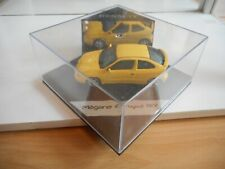 Vitesse Renault megane coupe 16V in Yellow on 1:43 in Box