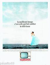 PUBLICITE ADVERTISING 036  1965  Radialva téléviseur petit écran