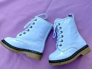 WHITE FLAT TODDLER BOOTS SIZES: 5-8