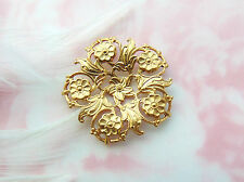 Brass (2 Pieces) Filigree Delicate Wreath Flower Stamping Dapt Finding (Fa-6084)