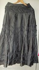 Grey Target Twist Dry Ruffle Skirt Non Iron! Size 8 Excellent Condition