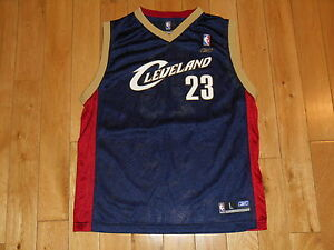 REEBOK LEBRON JAMES ALTERNATE CLEVELAND CAVALIERS YOUTH NBA REPLICA JERSEY Lrg