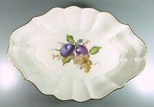Meissen - Schale aus Meissner Porzellan - Obstmalerei - Wellenrand  25,5cm breit