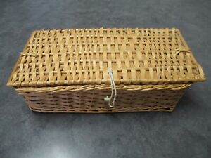 Basket with Lid, Woven Wicker / Rattan Wood Storage Basket