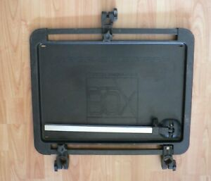 PRESTON INNOVATIONS OFF BOX MEGA SIDE TRAY COMPLETE WITH SUPPORTING LEG