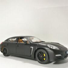 1:24 Porsche Panamera Turbo Diecast Car Model