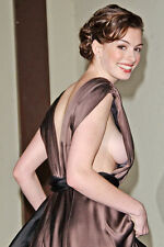 Anne Hathaway 11x17 Mini Poster Candid Smiling Huge Breast Showing In Open Dress