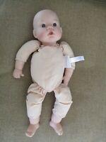 Baby doll Middleton 13 inches, cloth body (2000) 020400b