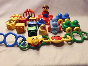 Lego Duplo Primo - schönes Spielset mit Steinen, Fahrzeuge, Rasselsteine Spielke