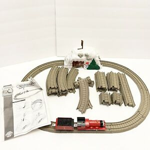 Thomas Trackmaster Set James Works It Out Motorized Engine Track Snow Tunnel