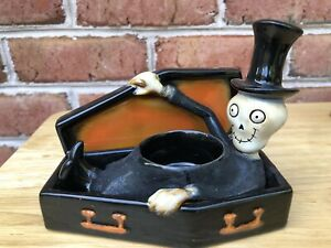 Yankee Candle Coffin Boney Bunch Tealight Holder Skelton