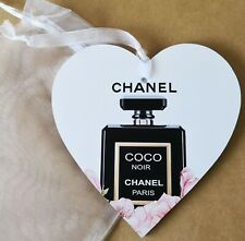Chanel Coco Noir Theme Heart Plaque & Organza Pouch - Lovely Gift 15cm