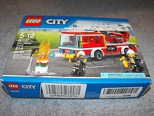 LEGO CITY Fire Ladder Truck 60107 NEW - Stressed box 214 Pieces