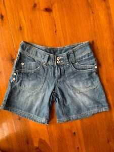 JEANSWEST WOMEN LADIES BLUE JEANS SHORT PANTS SZ 7