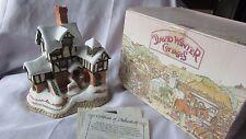 David Winter cottage Ebenezer scrooges counting House 1987 original box & coa