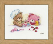 Popcorn & Brie Bear  : Vervaco Counted Cross Stitch Kit - PN0163787
