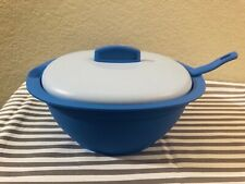 Tupperware Essentials Legacy Soup Server Bowl w/ Scoop Blue 7 1/2 Cups New
