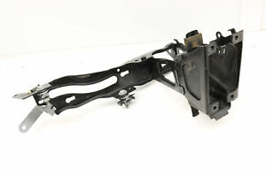 2012 2013 2014 2015 2016 2017 BMW 320I F30 - Right Headlight Mount / Bracket