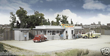 Walthers # 2909 Miss Bettie's DIner Kit HO Scale MIB