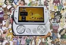 2,000 Games PSP GO WHITE