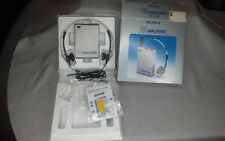 Vintage SRF-30W Sony FM Walkman With MDR-1 phones in box excellent SN 121642