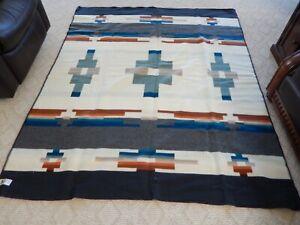 Pendleton Woolen Mills KITT PEAK JACQUARD ROBE 64X80 Multi-colored-Wool Blanket