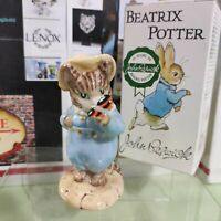 Rare Beatrix Potter Figurine TOM KITTEN & BUTTERFLY Warne Beswick England