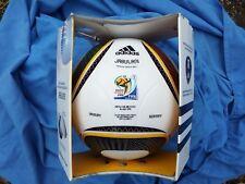 Adidas Jabulani coupe du monde 2010 3rd Place Matchball avec empreinte. Entièrement NEUF dans sa boîte.