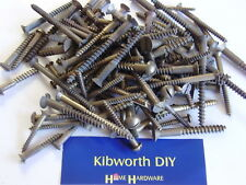 50 assorted large brass woodscrews . COUNTERSUNK / ROUND SLOTTED WOOD SCREW