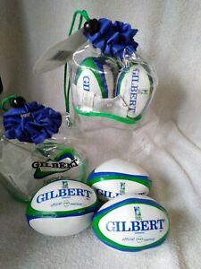 Gilbert Juggling Balls
