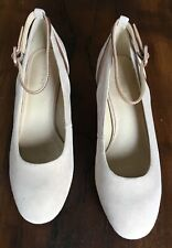 Pier One Shoes Size 4