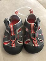 Boy's Keen Shoes Sandals Size 5 Red Gray Flexible Soft Worn Once