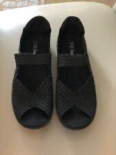 CC Resorts BLACK Weave  Shoes 40 EUR - 9 US L/N WORN ONCE OPEN TOE