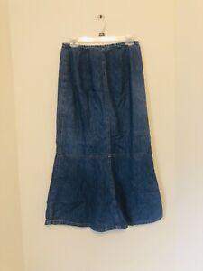 Loft Blue Denim Skirt Size 4 G34