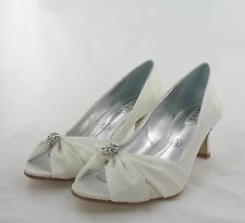 Ladies Shoes Size 5 Ivory Party, Prom, Wedding Evening (K5/7/17-10)