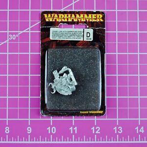 Warhammer Dwarf Lord with Hammer and Shield, Metal - Rare & OOP - Citadel Dwarfs