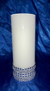 WHITE CYLINDER GLASS VASE WITH 8 ACCENTS COLLARS