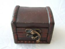 Small Colonial Style Wooden Gift or Trinket Box with Leather Top.