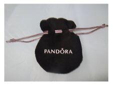 Pochette Velours Pandora pour charms ruban rose