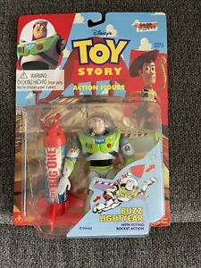 BUZZ LIGHTYEAR - TOY STORY ACTION FIGURE WITH FLYING ROCKET - 1995 Thinkway MOC