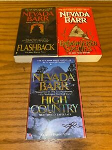 """Nevada Barr """"Anna Pigeon"""" Mystery Series lot of 3 paperback books"""