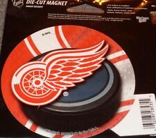 NHL 4 inch Auto Magnet Detroit Red Wings Logo on Round Puck Style