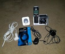 AT&T HD Cordless Phone System DECT 6.0 2 Handsets Answering System CRL82212